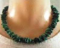 ожерелье из мелких кусочков бирюзы
