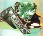 кольцо с демантоидом современной работы