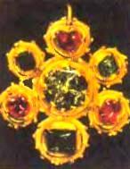 кулон с алмазной розеткой