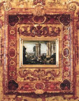 Большая рама с янтарными медальонами-камеями на библейские сюжеты, с гравированными пейзажами и флорентийской мозаикой