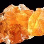 Гессонит камень - свойства лечебные и магические, ювелирные украшения с гессонитом для знаков зодиака