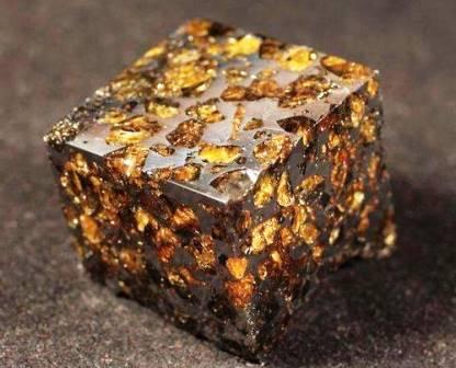 Палассит - железно-каменный метеорит