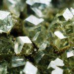 ГРОССУЛЯР – описание и свойства камня