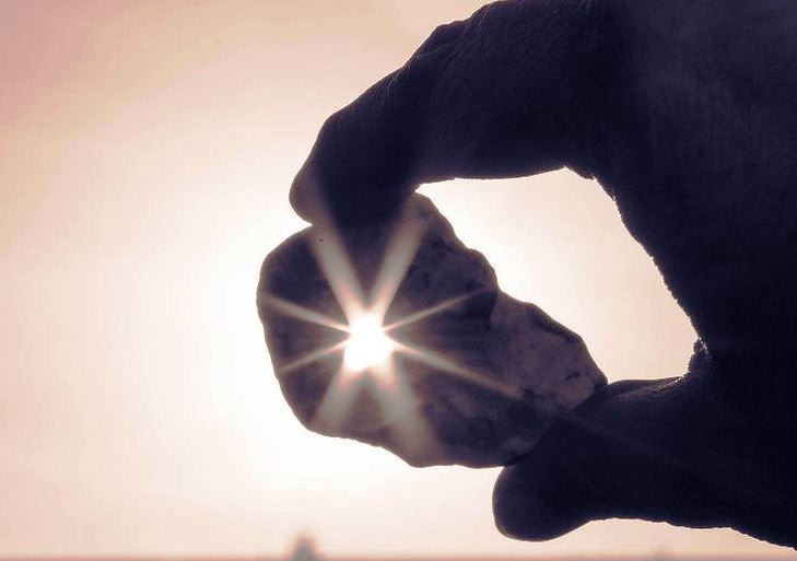 куриный бог камень магические свойства
