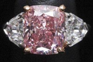 Алмаз камень - свойства лечебные и магические, ювелирные украшения с алмазами для знаков зодиака, бриллианты для зодиака