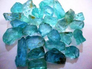 Аквамарин камень - свойства лечебные и магические, ювелирные украшения с аквамарином для знаков зодиака