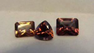 Циркон камень - свойства лечебные и магические, ювелирные украшения с цирконом