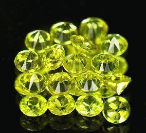 Хризоберилл камень - свойства лечебные и магические, ювелирные украшения с хризобериллом для знаков зодиака
