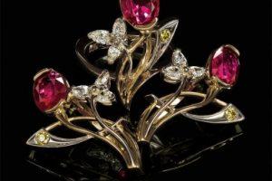 История и драгоценные камни. Исторические реликвии