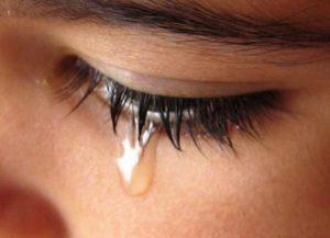 Плакать во сне, сонник к чему снятся слезы