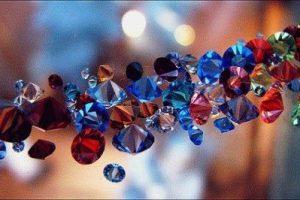 Ювелирные Украшения с кристаллами, как носить кристаллы
